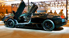Lamborghini Murcielago LP640 Roadster at the 2008 Los Angeles Auto Show photo 66 (Candid Photos) Tags: car automobile autoshow lamborghini twoseater lamborghinimurcielago 12cylinder lp640roadster murcielagolp640roadster lamborghinimurcielagolp640roadster 65lv12engine 6speedmanualtransmission horsepowerrpm6408000 48valves torque4876000footlbs gasenginesequentialelectronicfuelinjected overdrivetransmission compression110 displacement6496396 borexstroke346x350 cruisingrange3168 finaldriveratio253 dualoverheadcamtwinoverheadcam 2008autoshow
