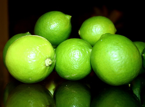 reflection green hawaii yum nightshot juice sour tart limes glasstable limetree mixers crashcandy