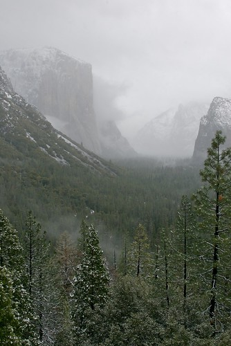 Yosemite N.P. - Tunnel View in Winter