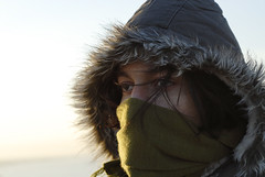 Silent freeze (aZ-Saudi) Tags: portrait sky cold eye face hair cool eyes nikon silent veil desert deep arabic freeze saudi arabia d200 بر البر كشته ksa alhasa السعودية سماء سعودي برد بارد كشتة طعس الاحساء arabin الاصفر ثلوج المصافير ِarabs