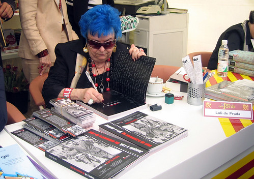 My mon during the signing of her book - Sant Jordi 2007
