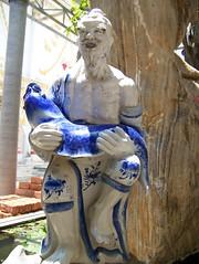 Thai Statue (jackandsheldon) Tags: river thailand kwai