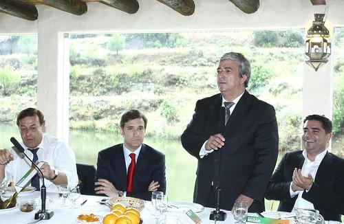 Pedro Passos Coelho no AlmoçoTematico Atividades Tradicionais em Castro Marim