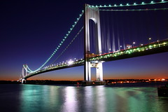 Verrazano-Narrows (Mazda6 (Tor)) Tags: new york bridge green brooklyn reflections dusk infrastructure narrows verrazano verrazanonarrows vnb