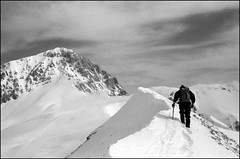 Gran sasso. Verso il M. Aquila (t'ma) Tags: mountain snow neve mountaineering alpinismo montagna tma appennini gransasso scalata alpinista cornogrande elevation25003000m summitcornogrande mountainsappenini mountainsnaps