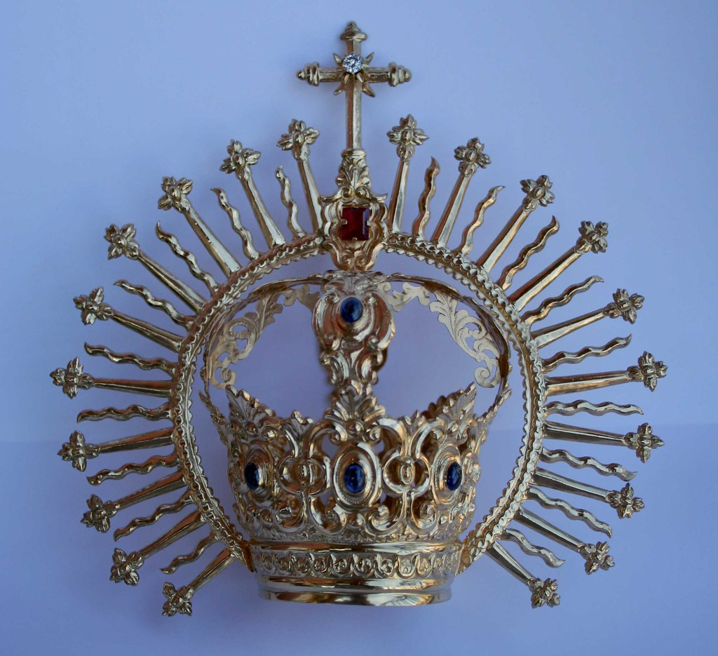 Corona Patrocinio Gloria