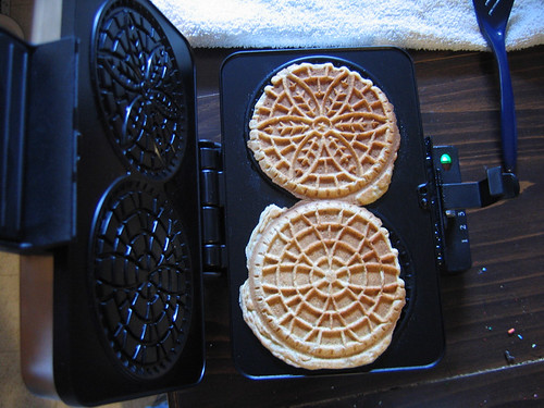Baby Pizzelle Press