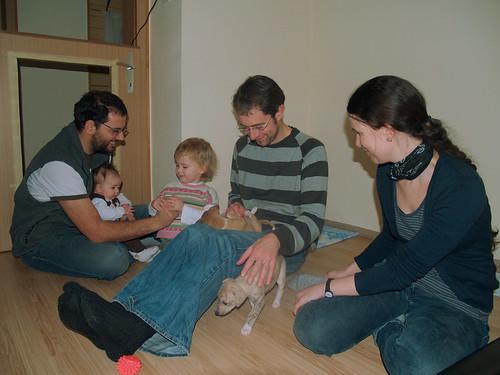 Peter, Lilly, Emma, Andi und Julia mit Anuket und Aguti