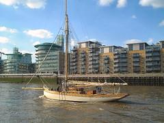 Thames 2001 #6
