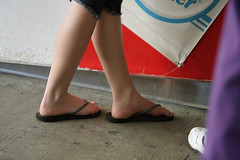 TYPICAL GIRL 10 (lkurnarsky) Tags: california feet women toes farmersmarket sandals touch bodylanguage nails flipflops barefeet females sensuous toenailpolish fashopn