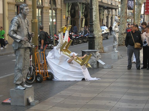 La Rambla street performers | Photo