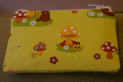 Zippered pouch for cards