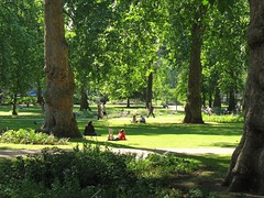 London's Russell Square, my favorite city park (c2007, FK Benfield)