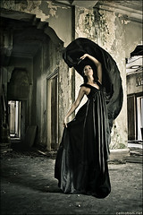 Dark Angel. (zemotion) Tags: black angel dress darkness designer gown taffeta breathtaking mywinners istanawoodneuk tyresallhouse