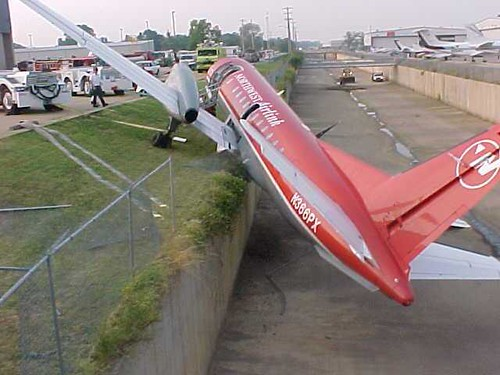 2070724448 356942d209 ``` Airplane Accidents ``` image gallery
