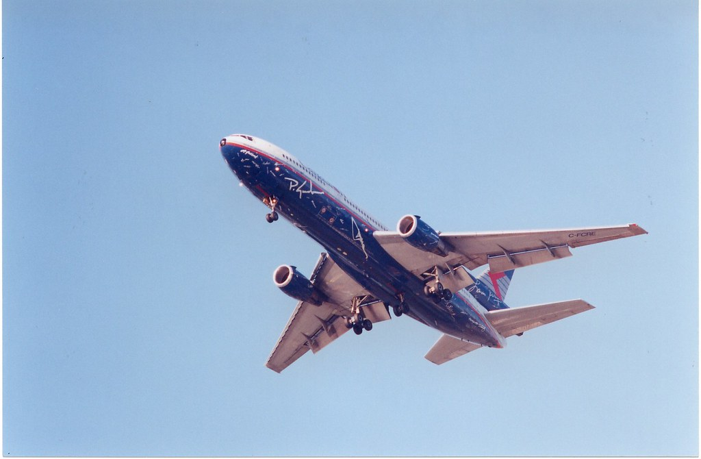 Canadian Airlines DC-10-30