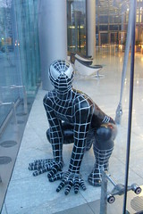 oddio un ragno-berlin (cHia^) Tags: city berlin spiderman citt berlino