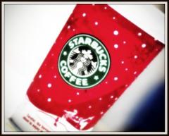 Starbucks Christmas Cup (Ramy Alaa) Tags: christmas red blur cup coffee nikon dof bokeh newyear starbucks d300