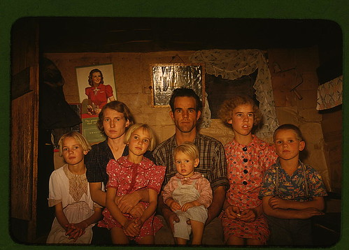 Jack Whinery, homesteader, and his family, Pie Town, New Mexico (LOC) by The Library of Congress.