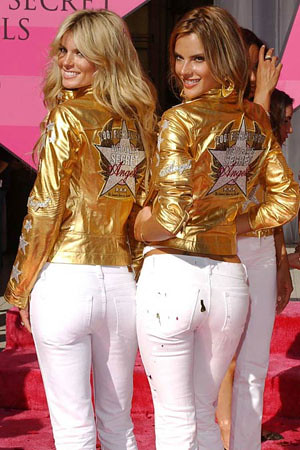 Victoria's secret fashion show, white skinny jeans
