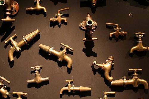 Faire couler le robinet par DasKerst sur FlickR