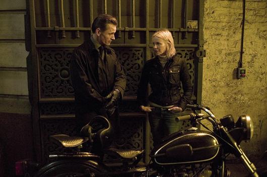 Viggo Mortensen y Naomi Watts en una escena de 'Promesas del Este'