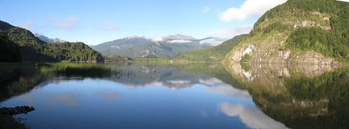 Patagonia - Parque Nacional Los Alerces - Lago Verde