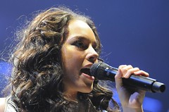 Alicia Keys (Sebastian Gerhard) Tags: music black keys concert alicia live hamburg pop - 2332062108_4045c1bca1_m