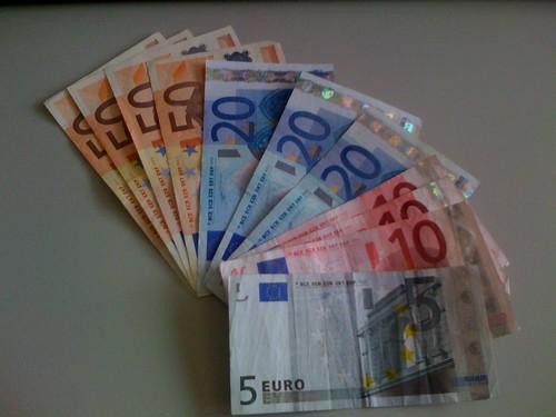 295 Euro