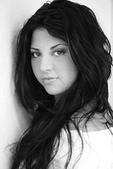 Portrait unique (Sandra Rajkov) Tags: portrait woman eye girl beauty female mexico ojo mujer glamour eyes sara retrato femme erotica oeil yeux ojos belle mexique bella dame belleza mademoiselle sensualidad atraccion mexicaine sensualit blackwhitephotos nikond80 rajkov sandrarajkov