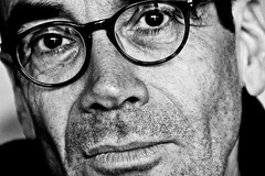 Distinct old man (Snidibap) Tags: portrait holland reflection eye netherlands beautiful festival night beard glasses technology god military oldman spoon psycho excellent groningen distinct snidibap