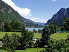 Leprese - Lake Poschiavo (Hindrik S) Tags: lake holiday water berg switzerland vakantie view suisse olympus cpf mountian zwitserland poschiavo leprese c5000z 5for2 aplusphoto almostanything sonyphotographing