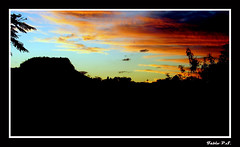 Sunset (Fbio P.S.) Tags: sunset red sun hot color sol nature paran brasil landscape nice natureza great paisagem amarelo prdosol calor olympusfe100 x710 mywinners fabiorosario rosriodoiva omelhorderosario