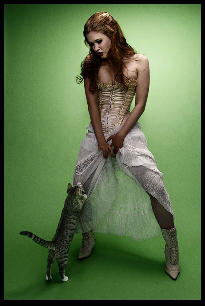 cat girl. posted by cassie @ 12:13 PM. labels: animals, dresses, fashion