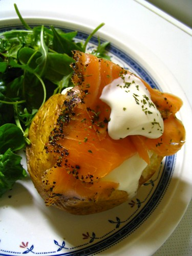 Baked potato with smoked salmon and creme fraiche