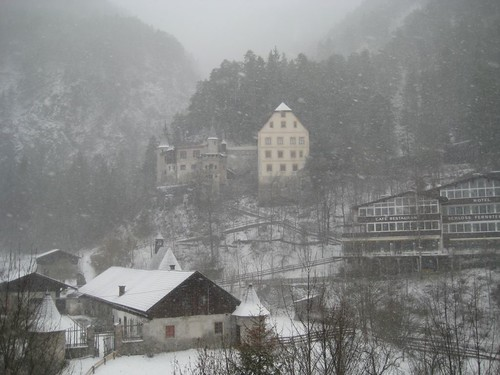 IMG_3156_castle_in_snow