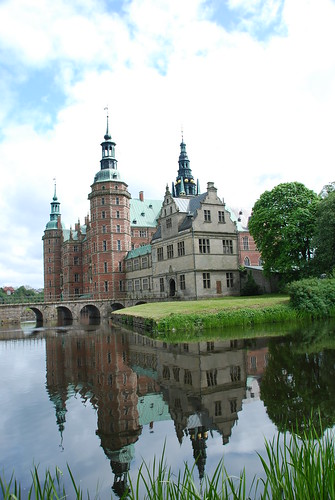 Stunning shot of Frederiksborg Slot from an unusual angle