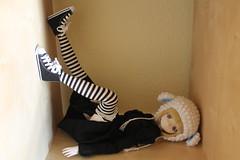 Lazy!!! (Ninotpetrificat) Tags: toys japantoy doll japandoll cute kawaii luluna azone muñeca crochet handmade ramoneras blackandwhite hobby