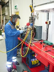 An MFS engineer undergoing FGAS training