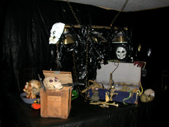basement-pool-table (r.bauche) Tags: halloween06