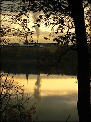 Töölö's bay sunset time (digikuva) Tags: leica sunset sea reflection finland lumix helsinki europe heiluht töölönlahti dfc supershot fz7 töölösbay