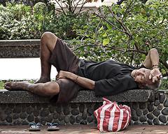 Himlayan (manfrommanila) Tags: poverty street canon homeless oldman grandpa powershot beggar tao luneta rizalpark kawawa matanda s3is kahirapan manfrommanila junbalasbas