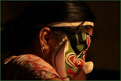 | kathakali chutti | Kathakali make up (:silvereye:) Tags: canon temple kerala traditionaldance thripunithura limsclicks