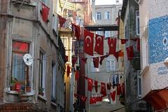 ... I wonder where... (CharlesFred) Tags: street turkey türkiye istanbul İstanbul wander firat balat fener turchıa turkiyeturkije