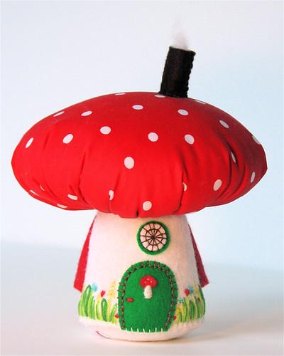 Mushroom House: Red