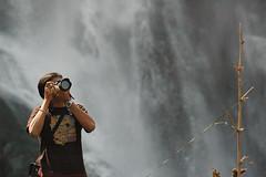 Diji, waterfall is on your back... (-Shyam-) Tags: malayalikkoottam kfm3