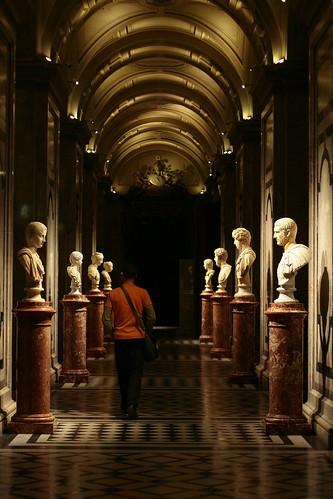 彫刻の迷宮