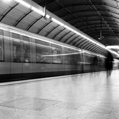 Munich (Peter Gutierrez) Tags: photo europe european germany german deutschland deutsch bayern bavaria bavarian munich münchen munchen minga altstad stad city town urban public transport train metro underground rail subway ubahn u bahn s sbahn interior people dark black bw white peter gutierrez petergutierrez favemegroup6 mass commute commuter commuters passenger passengers schwarzes schwartz weis weiss film photograph photography
