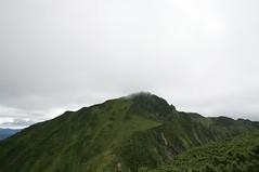 雲峰山から山頂を振り返る