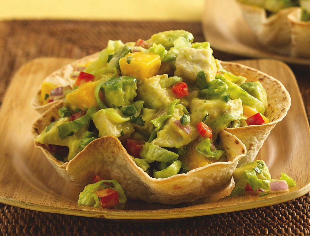 Mango-Jalapeño-Chicken Salad in Cumin Tortilla Bowls